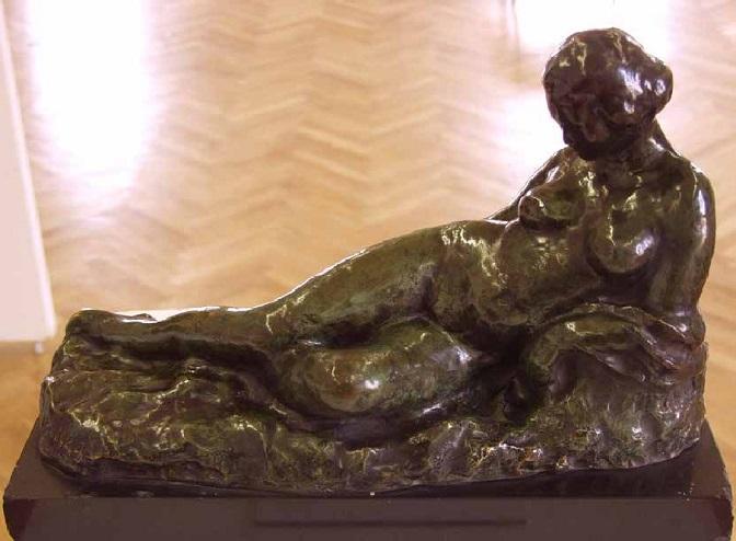 rajka-mercep-lezeci-akt-672