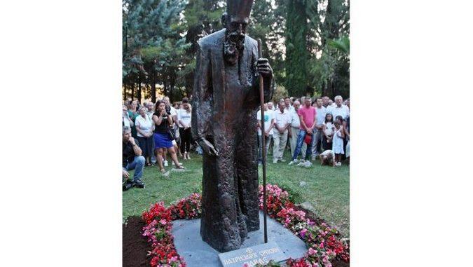 spomenik-patrijarh-pavle-trebinje-111-675x381