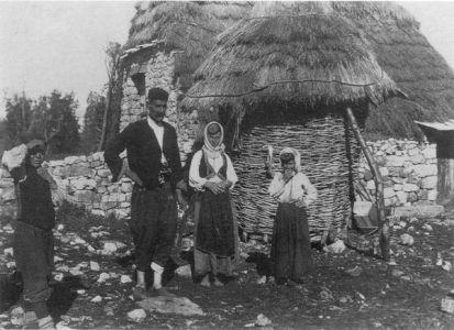 porodica_kod_torica_bileca_1915_1